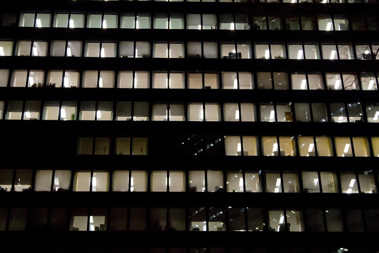 パワハラが原因よる退職、転職時の注意点。会社都合の退職にするには?