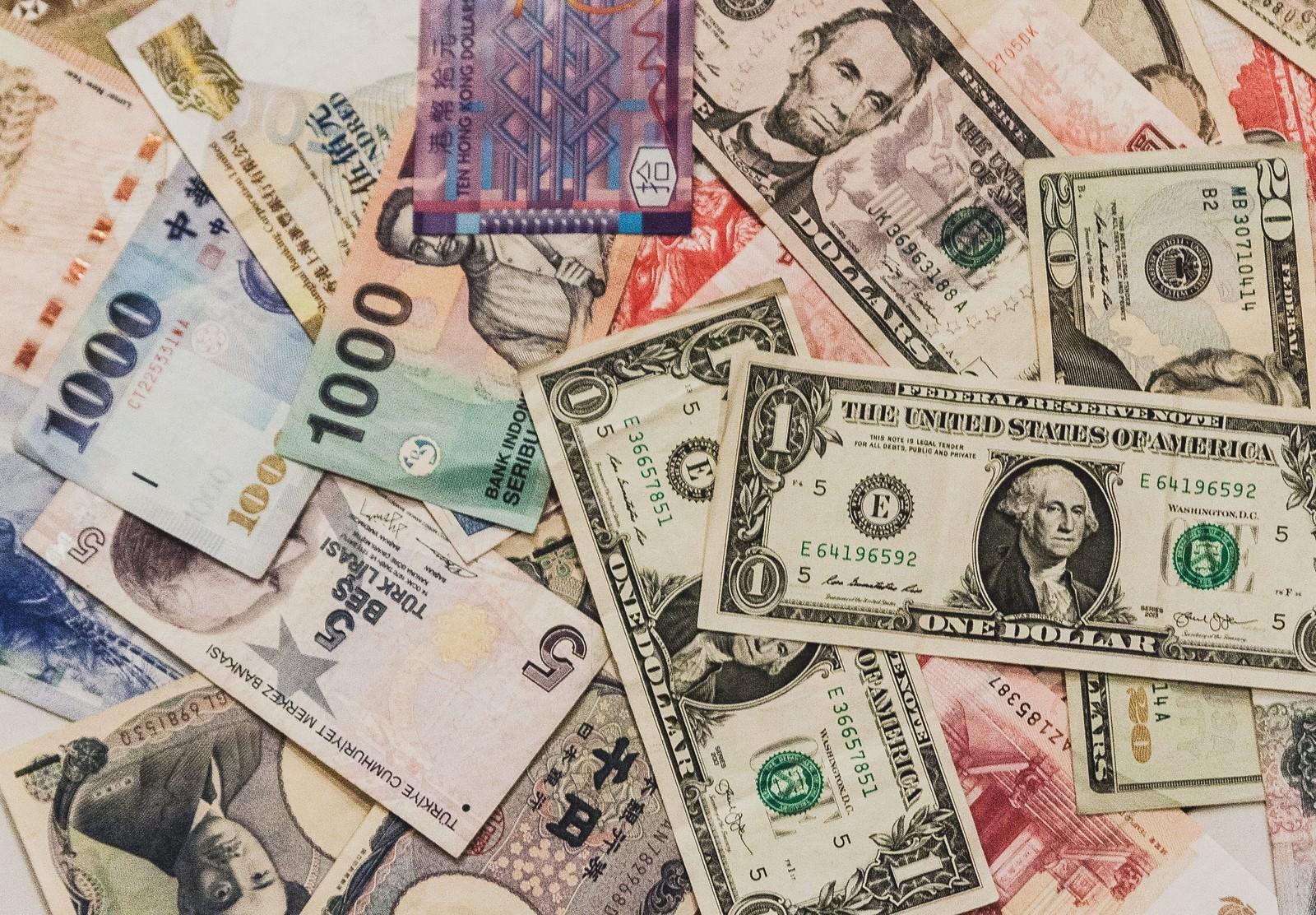 年収500万円は転職で実現しよう。出世、昇給に期待してはいけない。