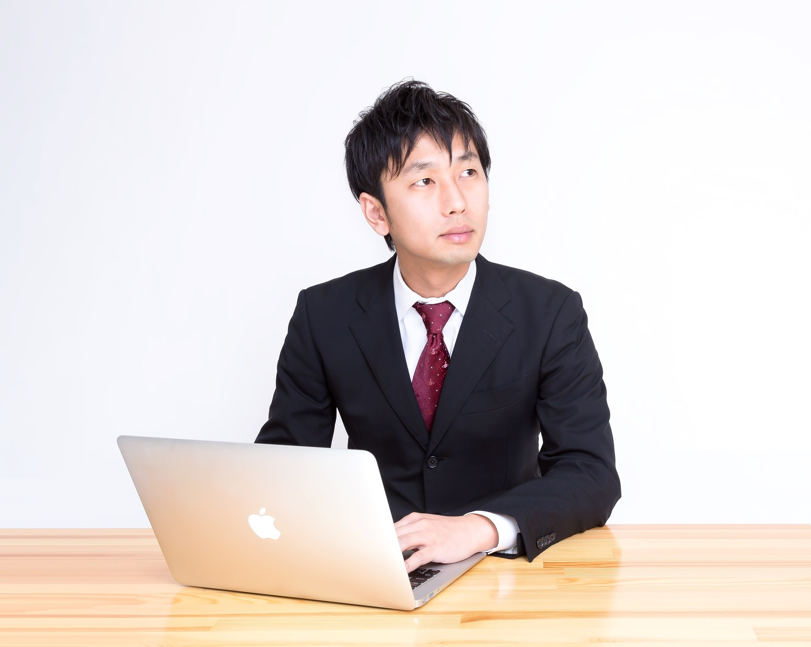 職歴なしでも20代なら十分に正社員に就職できる。大切なのは今すぐ就職活動すること。