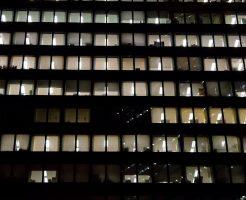 ブラック企業から転職するやり方や知っておきたいこと。働き続けるリスクは大きすぎる。